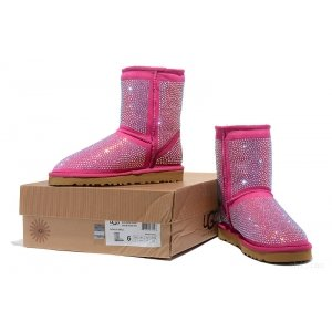 UGG Diamonds Boots pink