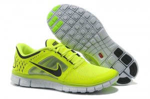 Nike Free Run 5.0 V3 (Chrome Yellow/Reflective Silver/Platinum) (019)