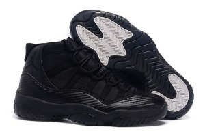 Air Jordan Retro XI (11)