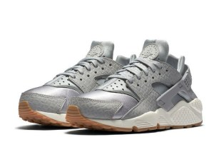 Nike Air Huarache Run Premium (076)