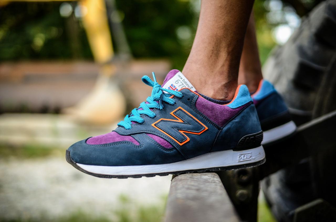 Женские кроссовки New Balance 670